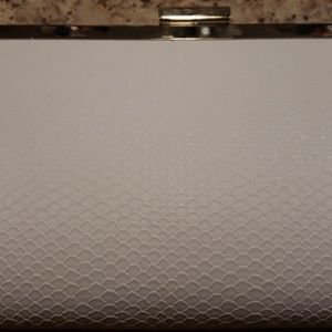 Bags - White Style&Co clutch